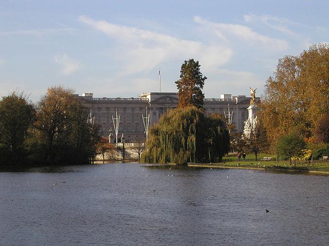 You are browsing images from the article: St  James's Park - najstarszy z królewskich parków w Londynie