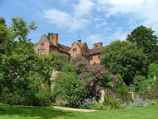You are browsing images from the article: Chartwell House - dom rodzinny premiera Winstona Churchilla