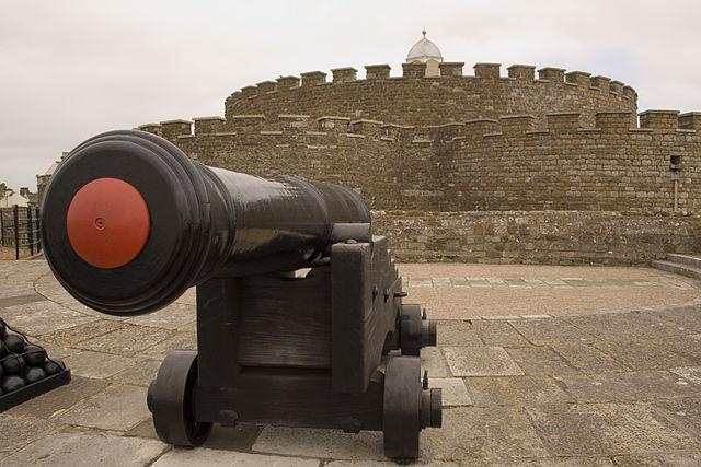 You are browsing images from the article: Deal Castle - najbardziej imponujący zamek z czasów Tudorów