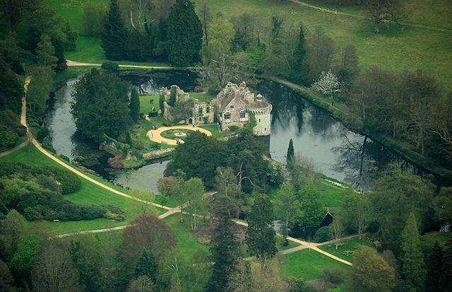 You are browsing images from the article: Scotney Castle - historyczna posiadłość wiejska na południu Anglii