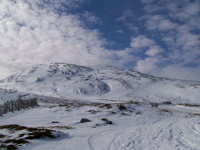 You are browsing images from the article: Glencoe Mountain Resort - najstarszy ośrodek sportów zimowych w Szkocji